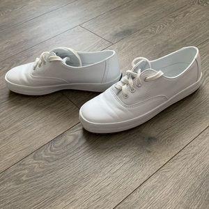 Easy Spirit Sneakers